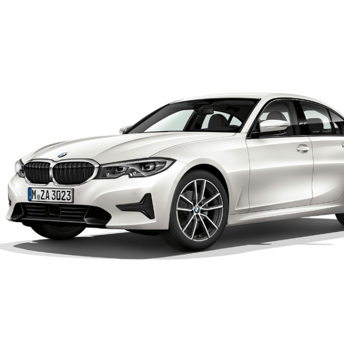 Imagine din lateral cu BMW Seria 3 Sedan model Sport Line staţionând.
